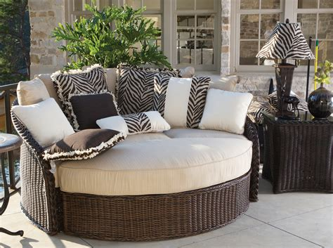 Outdoor Patio Furniture by Fall The Best Season For Entertaining With Outdoor