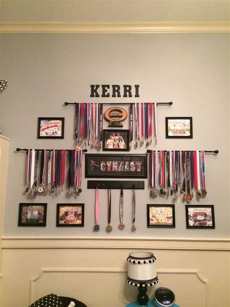 hängende len schlafzimmer die besten 25 medaillenhalter ideen auf