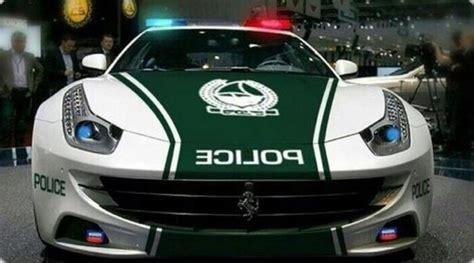 dubai police  adds  ferrari ff   fleet news