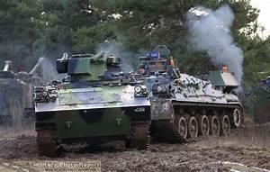 Char Amx 30 : military photo report amx 30 d recovery tank le char de d pannage 30t ~ Medecine-chirurgie-esthetiques.com Avis de Voitures