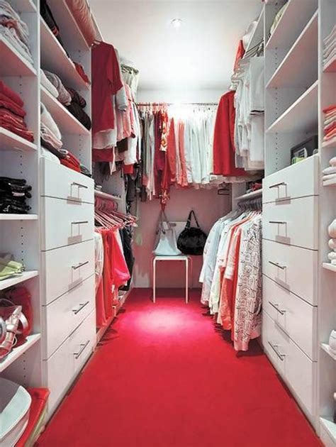 walk in closet ideas for an uncluttered and