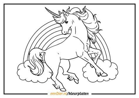 Wij van kleurplaat24 hebben dit prachtige mythische dier op papier voor je! Dieren Kleurplaten Uitprinten