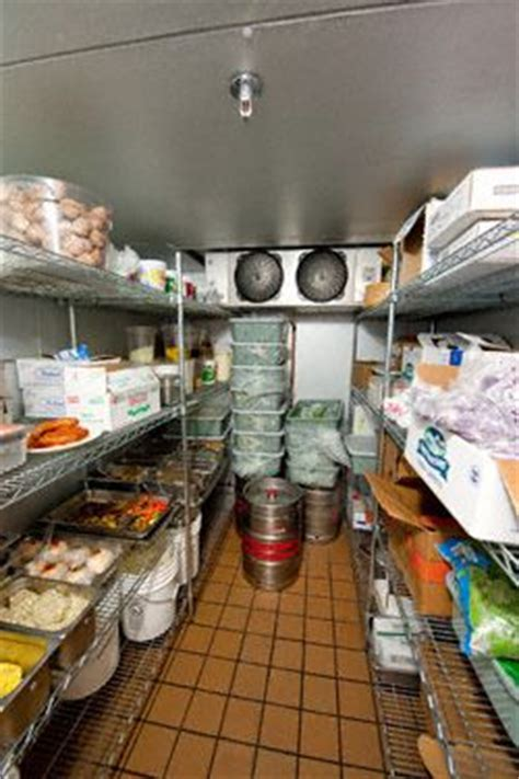 6 Smart Tips for Organizing Your Commercial Refrigerator