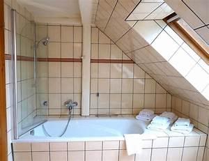 Badewanne Unter Dachschräge : duschkabine badewanne dachschr ge eckventil waschmaschine ~ Lizthompson.info Haus und Dekorationen