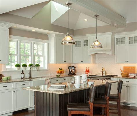 repeindre meubles de cuisine cuisine repeindre meuble cuisine bois avec gris couleur