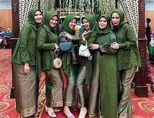 model baju batik wanita kombinasi gamis terbaru kombinasi