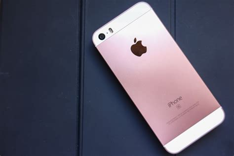 iphone se review  month  imore
