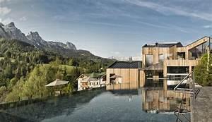 Hotel österreich Berge : 5 sterne wellness familienhotel naturhotel forsthofgut ~ A.2002-acura-tl-radio.info Haus und Dekorationen
