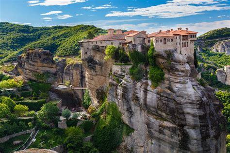 Tour Delfi e Meteora | Grecia Classica | Meteora Tour ...