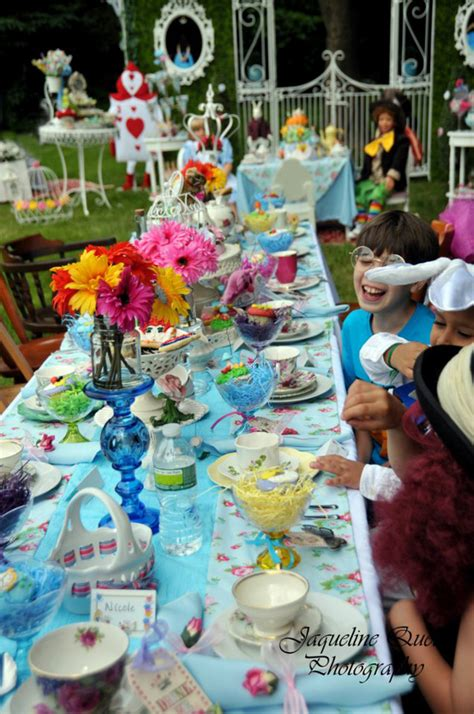 Alice In Wonderland Party Decorations Uk  Ostseesuchecom. Wall Mural Ideas For Dining Room. Kitchen Design Ideas White. Backyard Designs And Ideas. Craft Ideas Driftwood. Backyard Patio And Firepit Ideas. Exterior Painting Ideas Uk. Cake Ideas Police. Costume Ideas For Xmas