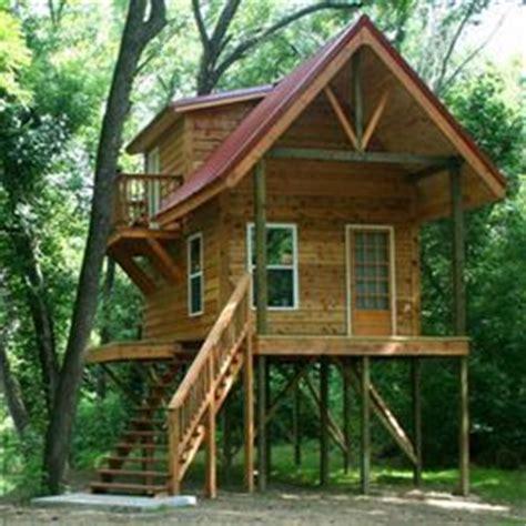 cabin stilts cabin stilts rooms pinterest house stilts tiny house cabin cabin