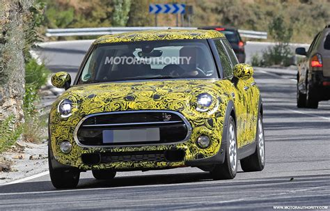 Mini 2019 Facelift by 2019 Mini Hardtop 4 Door