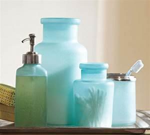 Accessoire Salle De Bain Bleu : jolie salle de bain accessoires ~ Teatrodelosmanantiales.com Idées de Décoration