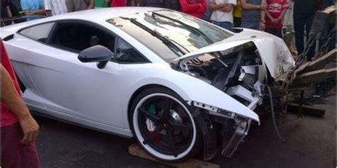 Biaya Aborsi Sopir Lamborghini Tabrak Motor Belum Kunjungi Korbannya