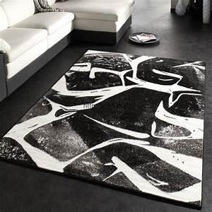 Tapis Blanc Et Gris : grands tapis design salon gris noir et blanc pas cher 2017 ~ Melissatoandfro.com Idées de Décoration