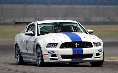2018 Ford Mustang Boss 302s Race Car100432905h