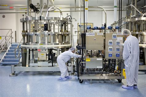 Bristol-Myers Squibb: Big Pharma's small wonder | Fortune