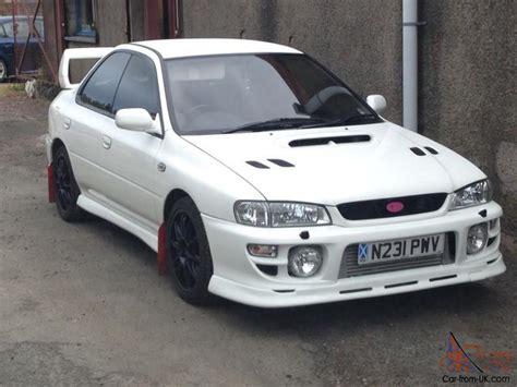 white subaru wrx 1995 subaru impreza wrx turbo white