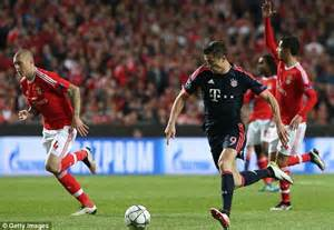Bayern Automobiles : bayern munich star robert lewandowski involved in car crash before champions league showdown ~ Gottalentnigeria.com Avis de Voitures