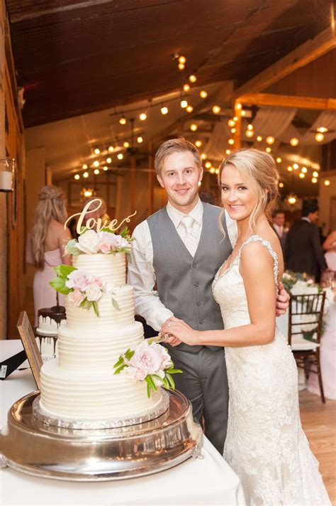 Houston Wedding Venues Rustic Barn