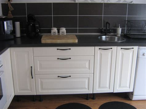 cuisine blanche et decoration cuisine blanche et noir