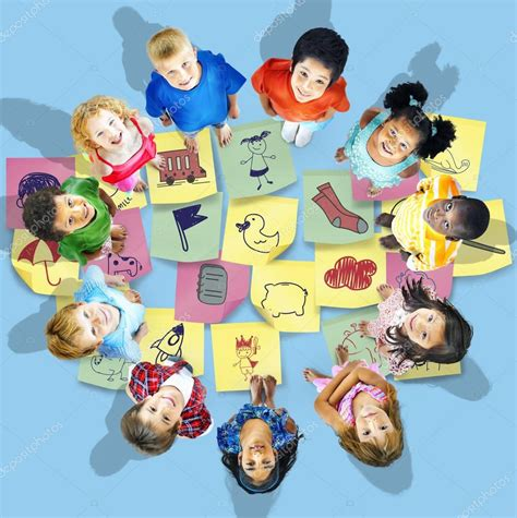 si e social matmut crianças de pé no círculo stock photo rawpixel 129528310