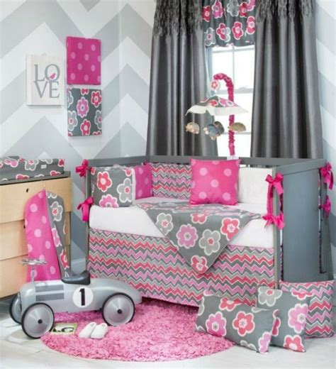 id馥s chambre fille fabulous deco chambre fille mur couleur gris et blanc commode en bois lit bb with chambre fille grise