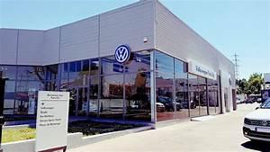 Garage Volkswagen 93 : paris est volkswagen skoda concessionnaire volkswagen villemomble auto occasion villemomble ~ Dallasstarsshop.com Idées de Décoration