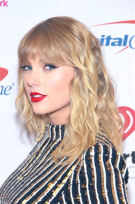 Taylor Swift News on Twitter | Taylor swift hot, Taylor ...