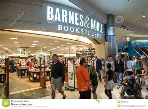 Barnes And Noble In Mall Of America Editorial Stock Image
