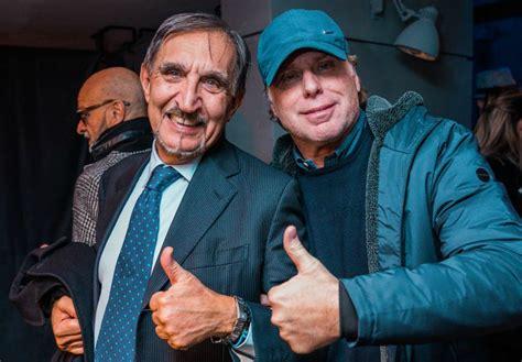 Le dediche a napoleone della champagne. La Russa, Mattioli e la Nazionale attori pazzi per lo ...