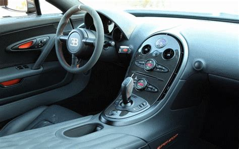 Fake rims, fake headlights, fake engine cover. Auto Moto Drive: Bugatti Veyron Super Sport 2011 Photo Collection