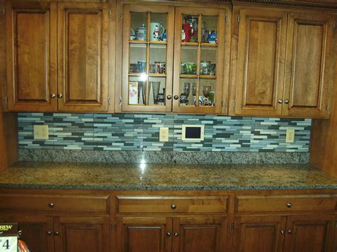 advantages   glass tile backsplash midcityeast