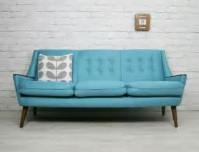 retro sofa 25 best ideas about vintage sofa on grey sofa inspiration sofa furniture and