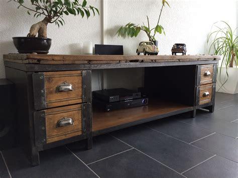 meuble tv et bureau table basse meuble tv industriel atelier vintage