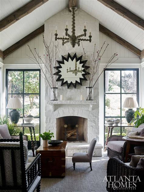 cottage living best 25 cottage living rooms ideas on country