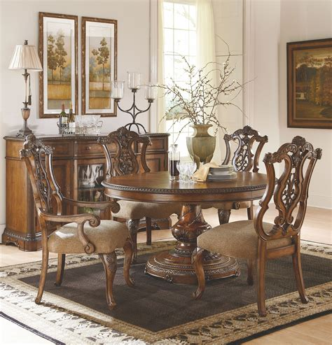 pemberleigh extendable   oval dining room set
