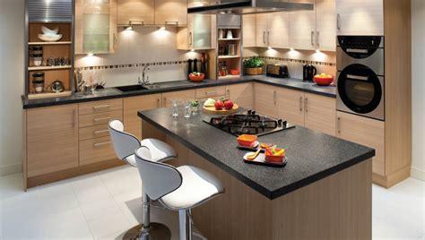cuisine 8m2 amenager une cuisine de 8m2 maison design bahbe com