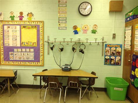 kindergarten classroom listening center k class 210 | 06d2cc0a8f925726f51ac0298a1a133c