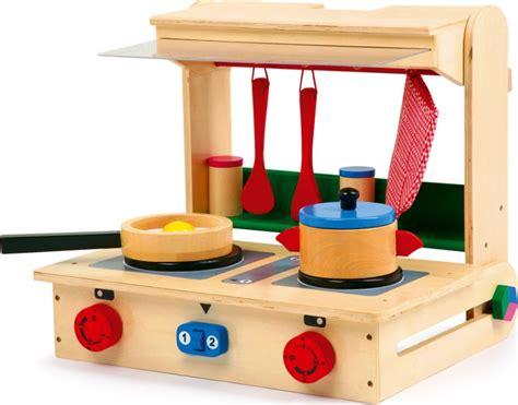pro en cuisine cuisinière ou mini cuisine valise pro en bois pour enfant