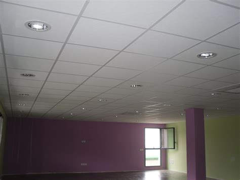 faux plafond cuisine faux plafonds minérales 600x600 démontables