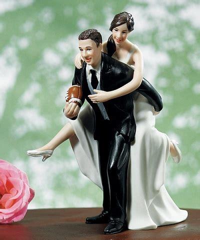 ways  celebrate  football themed wedding