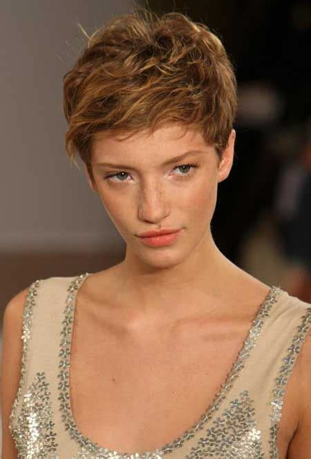 hair style for small 428 best pixie haircut images on pixie 4937