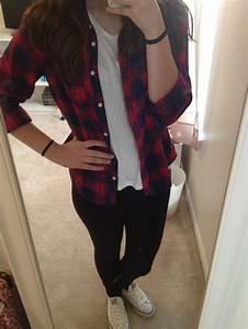 Outfits With White Converse And Leggings