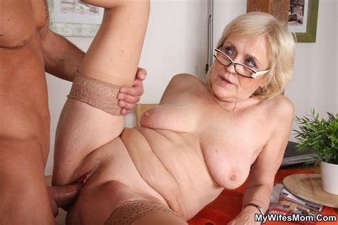 Horny Dude Seduces His Mother In Law To Dir Xxx Dessert Picture 13