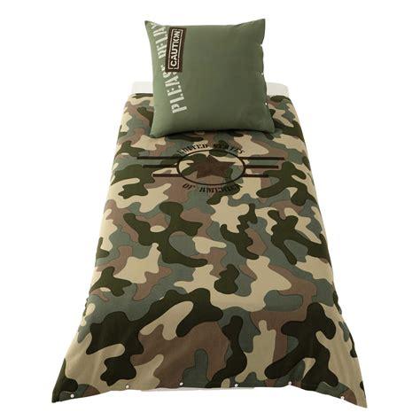 housse de couette camouflage parure de lit 140 x 200 cm en coton vert army maisons du monde