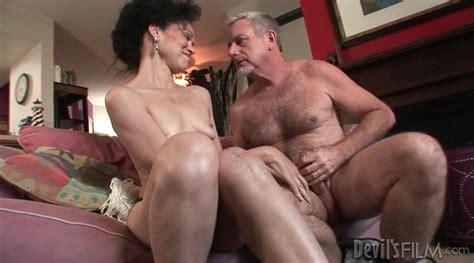 Mature Slut Gives Head To Big Old Man Cock Mature Porn
