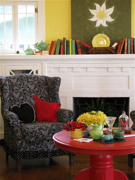 colorful cottage decorating ideas in yellow blue black white