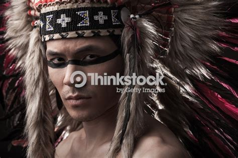 maquillage indien homme homme fort indien am 233 rindien traditionnel maquillage photo thinkstock