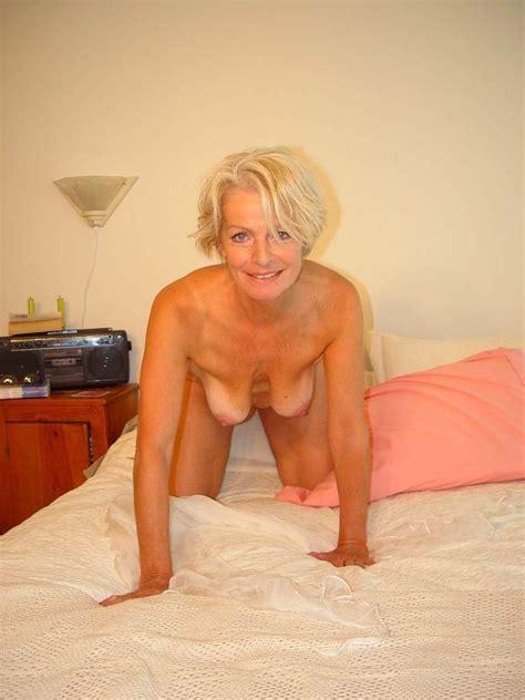 Hot Blonde Mature Justine Posing Naked On The Bed Blonde Porn Jpgblonde Porn